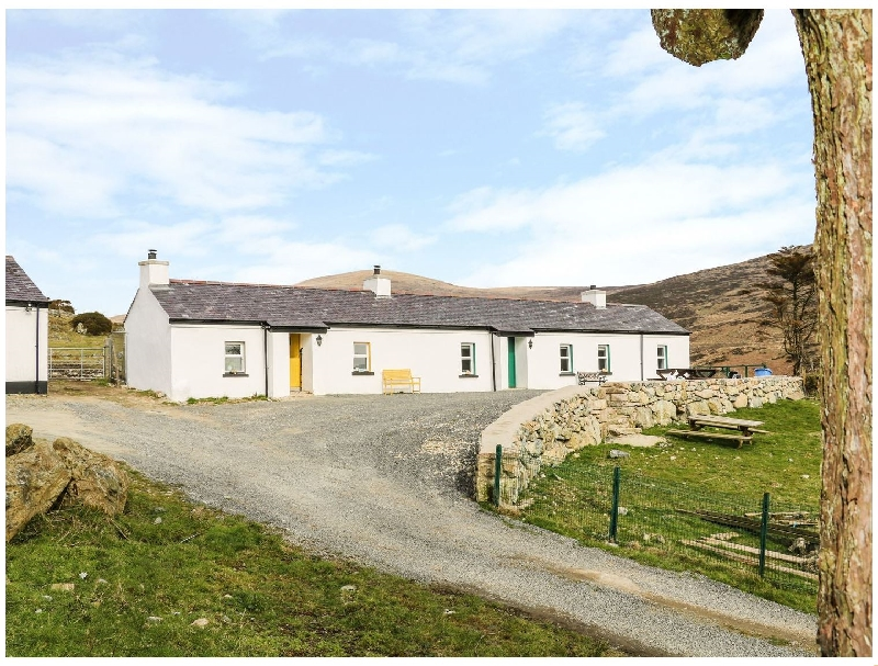 Click here for more about Pat White's Cottage