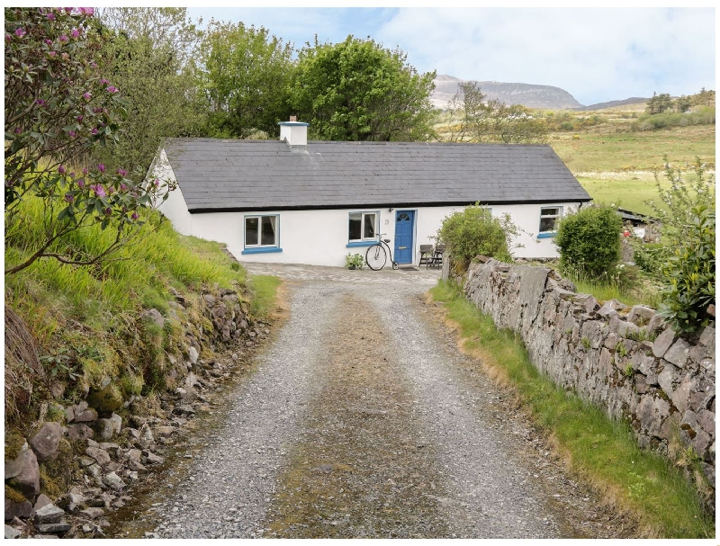 Click here for more about Cnocmor Cottage