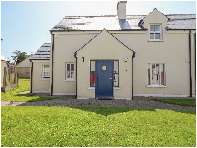 Click here for more about 8 An Seanachai Holiday Homes